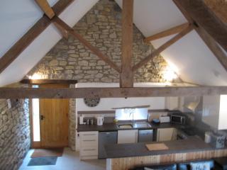 The Barn sleeps 6, beautiful Somerset barn 4 star, spa included