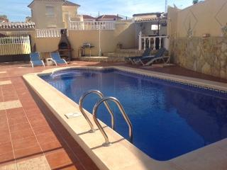 Beautiful 3 bed Villa wth Private Pool Sky TV WIFI