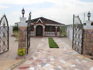 Clarkes' Guest House - Falmouth, Trelawny Jamaica