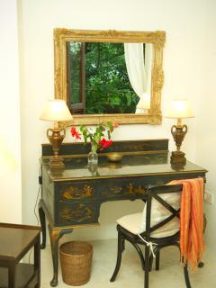 The desk in Bedroom 3