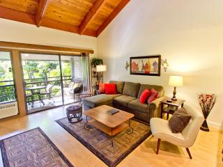 NEW Clean Condo; Tropical Gardens; Pool - Hot Tub!, Kihei