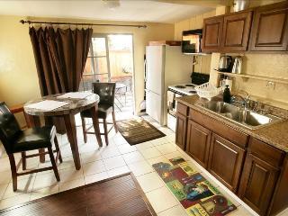 Del Mar Affordable Back Cottage