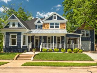 Gorgeous Restored Historic Home Near Square, McKinney