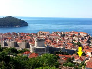 CASA TONI  STUDIO  - GREAT LOCATION GREAT VALUE, Dubrovnik