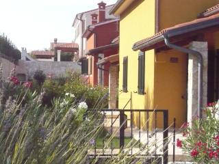 Villetta privata nella costa di  Premantura, Volme