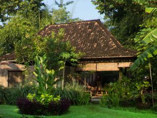 Bungalow 2 Yabbiekayu Java Luxury Tradional Villa