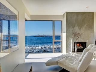 Stunning 3BR Luxury Oceanfront Home in Ventura, Private