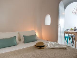 Cleo's Dream Villa, Oia