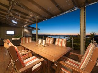 Tiroroa - Stunning Bay of Islands luxury home, Russell