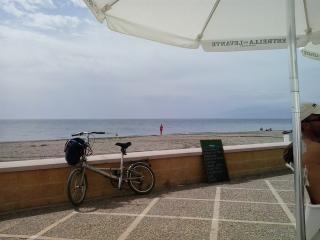San Miguel de Cabo de Gata. !8 km de playas virgen