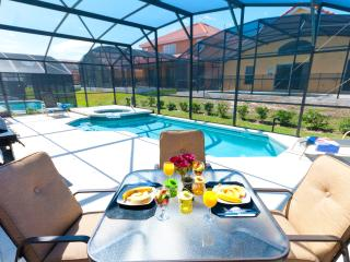 Beautiful 4 Bedroom Pool Home Awaits Your Arrival!