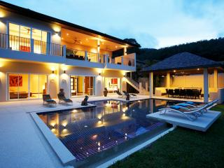 JADE: 7 Bedroom, Private Pool Villa near Beach, Nai Harn