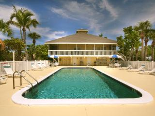 Coquina Cottage: Free Pool, Free Ferry plus WiFi!, Little Gasparilla Island