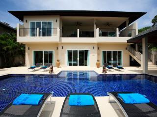 JADE: 7 Bedroom, Private Pool Villa near Beach