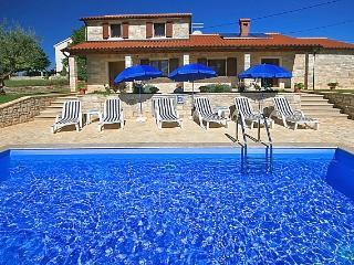 Villa Danijel(2227-5675), Kastelir