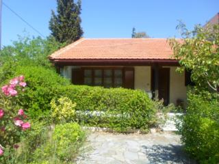 Detached cottage in Nea Makri