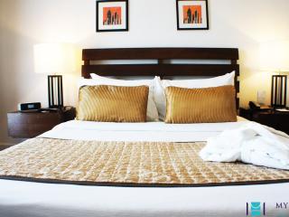2 bedroom unit in Rockwell, Makati - MAK0005