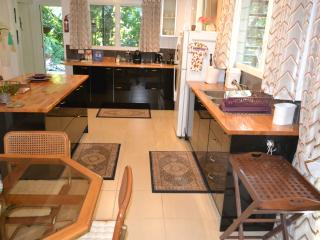 Your modern kitchen and dining area that is suitable for cuisine of any description