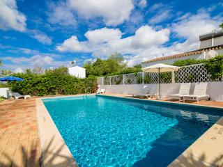 Casa das Figueiras - Algarve Portugal - Private villa sleeps 6 with pool