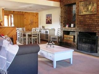 The Retreat on Matthew (Pet Friendly), Batehaven
