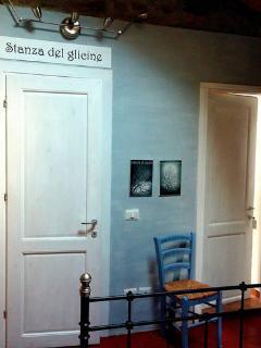 The Wisteria room bedroom