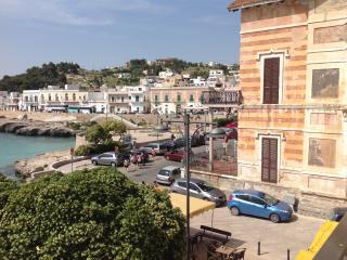 veduta balcone fronte mare