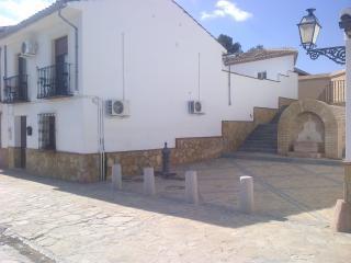 Casa San Salvador, 20 Calle San Salvador, Antequer