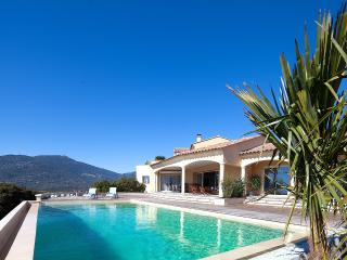 Spacious villa with panoramic view, Propriano