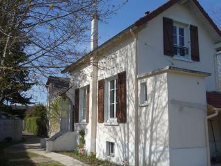 Maison au calme au nord-ouest de Paris