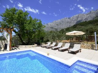 Stunning sea view holiday getaway in Makarska