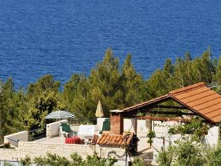 Villa Golden Bay 1