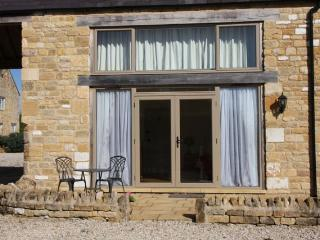 Cosy Cotswolds country farmhouse apartment, Bretforton