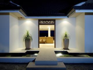 ANDAMAN VIEW: 5 Bed, Seaview, Private Pool VIlla