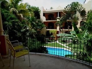 Cocinella dep. Amazing position 2 rec. with pool, Playa del Carmen