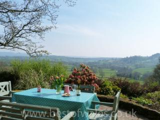 Amazing West Wales countryside Views - 207050, Llandeilo