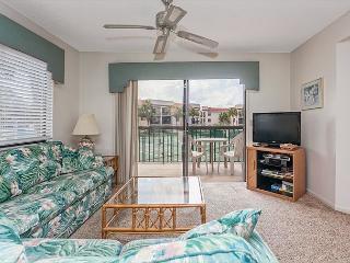 Ocean Village Club G26, 2nd Floor, with 2 pools, tennis & beach, NEW HDTV, Saint Augustine