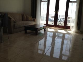 House apartment with balcony and sea views, Koutsouras