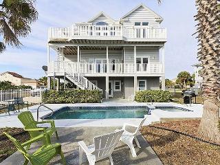 Sweet Dreams Beach House, 6 Bedrooms, Elevator, Private Pool & Spa, Flagler Beach