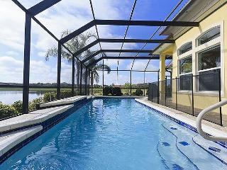 Golden Goose, 5 bedrooms, HDTVs, private heated pool, screened lanai, Palm Coast