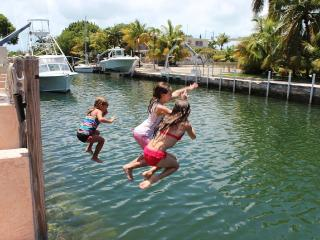 Beautiful Canal-Front Home, Boat, Dive, Snorkel, Tavernier