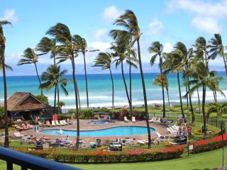 Papakea Resort J401! Amazing view! Lovely Condo!, Ka'anapali