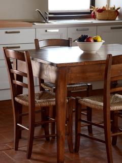 tavolo della cucina - appartamento Dadò