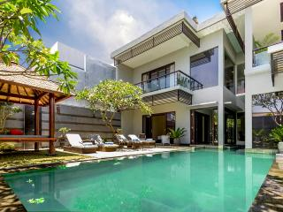 Villa Cascade Seminyak - 4 Bedrooms - ON SALE!!