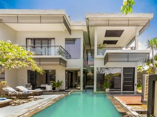 Villa Cascade Seminyak - 3 Bedrooms - ON SALE!!