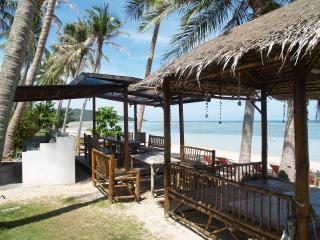 Diamond Villa Laemsor, Beachfront 3 bedrooms