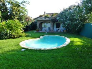 Holiday Villa with private pool 300mt from the sea, Marina di San Nicola