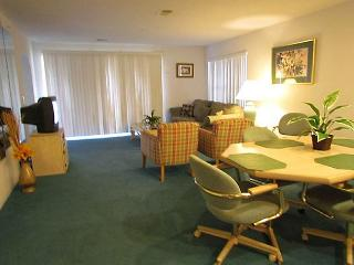 Delightful Treasures- 2 Bedroom, 2 Bath Condo with King Size Beds, Branson