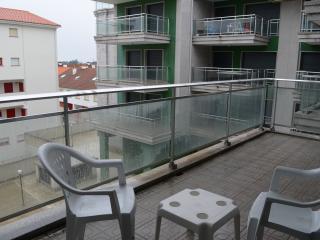 Apto 2 dormitorios, terraza, garaje, 5 min playa, Sanxenxo