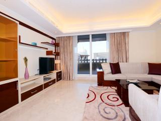 GRANDEUR RESIDENCES, PALM JUMEIRAH- 2B/R AND MAIDS, Dubai