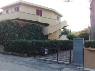 BEL TRILOCALE A 200 MT DALLA SPIAGGIA, Marina di Cecina